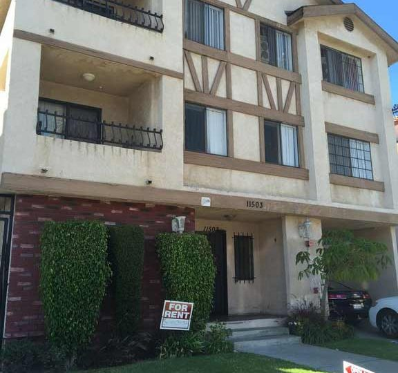 Apartments For Rent In Bellflower Ca: 11503 Menlo Ave. Hawthorne, CA 90250