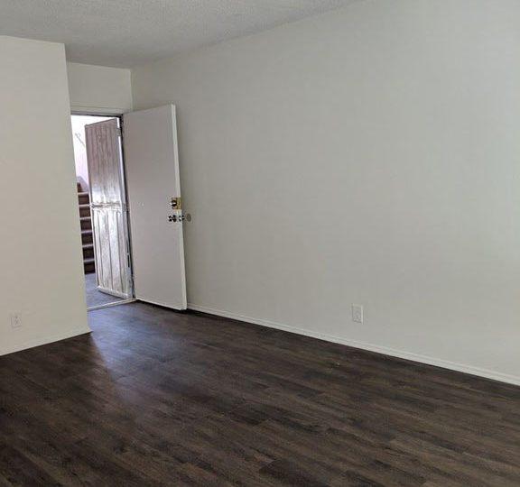 Apartments In Inglewood California: 3612 W. 102nd St. Inglewood, CA